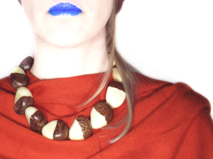 Tagua Necklace - Bicolor Seeds