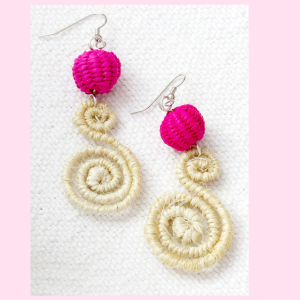 Earrings/FPCDS  CABUYA & PINK TOQUILLA